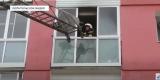 В Ангарске сгорели автомобиль и балкон с покрышками