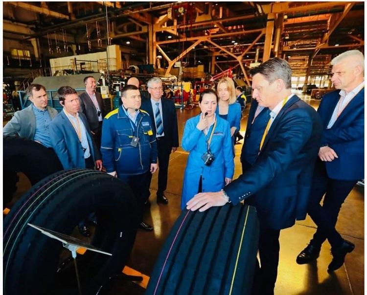 Представители компании Circle K познакомились с производственными мощностями завода KAMA TYRES